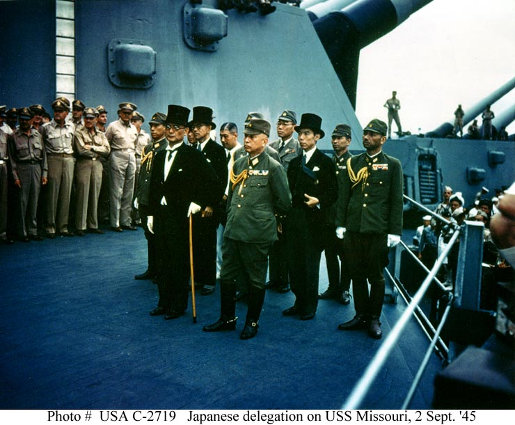 http://www.piclist.com/images/member/jmn-efp-786/war/Japanese%20delegation%20on%20the%20USS%20Missouri.jpg